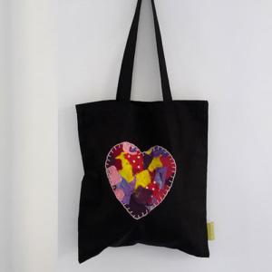 zwarte katoenen tas met hart