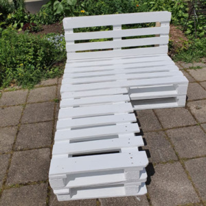 Loungebankje van pallets